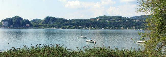 A day on pedals to discover the lakes of Varese and Comabbio