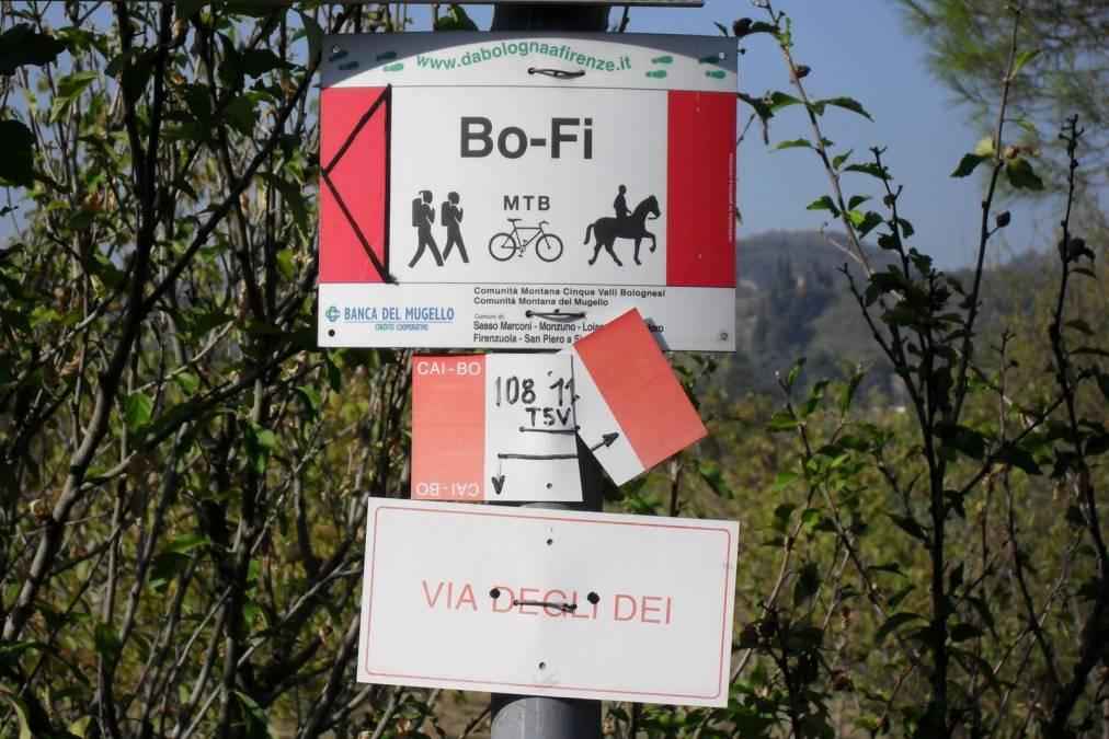 """Via degli Dei"" between Bologna and Florence"