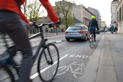 7 tips to cycle into traffic