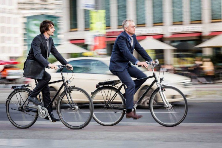 Do you go to work on bicycle? refunds will arrive to Milan!