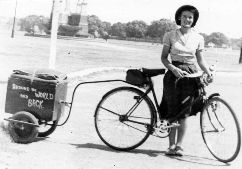 The end of the 1940s: Louise Sutherland was traveling the world by bike