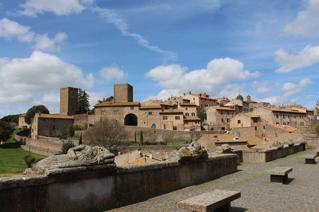 By bike in the heart of Italy: from Orvieto to Tarquinia